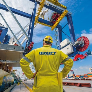 Spliethoff Group - BigLift - Heavy lift - crew