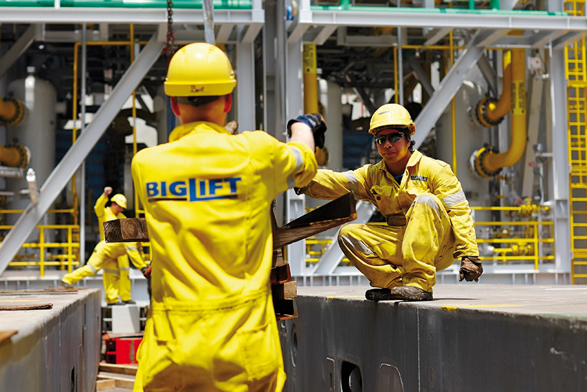Spliethoff - BigLift crew (1)